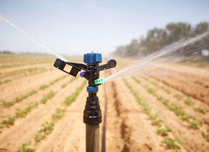 Complete systemen voor beregening en irrigatie bestel je bij Veha Plastics. Op deze pagina vertellen we je er meer over. Beregening kan namelijk op diverse plekken worden ingezet.