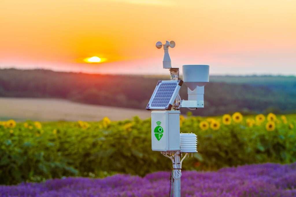 Bespaar water, tijd en geld metMeteobot, hét weerstation waarmee precisielandbouw wel heel eenvoudig wordt!